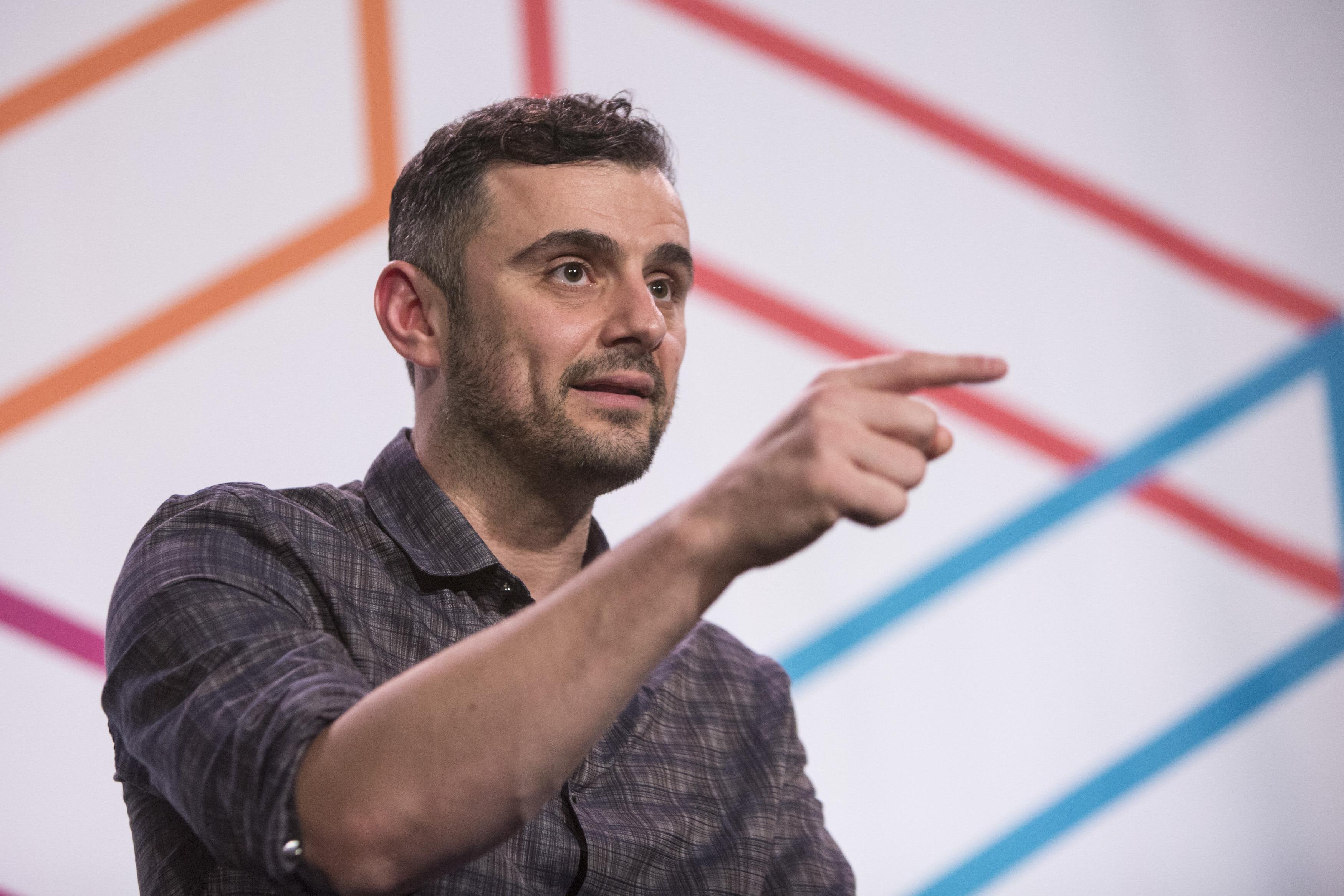 foto di gary vaynerchuk durante un talk